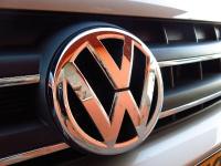 מבחן רכב פולקסווגן אמארוק. גם טנדר גם ג\'יפ, גם מפואר וגם ברד. הנעה כפולה קבועה, 8 הילוכים וצריכת דלק מופחתת. צילום: רמי גלבוע