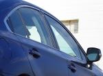 מבחן רכב סובארו B4. קו השמשות מדגיש את ההשהייה של השיפוע כדי לפנות מקום לראש של הנוסעים מאחור. צילום: רוני נאק