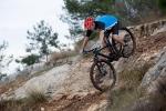 מבחן אופניים ברגמונט קונטרייל 8.0. סלע רטוב, צמיגים מצופי בוץ, מפלסים דוך ישר כמו קטר! צילום: תומר פדר