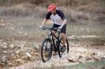 מבחן אופניים ברגמונט קונטרייל 8.0. בין סלעים ושלוליות הם מתבלטים עם יציבות ויכולת להתגלגל מעל סלעים, דרדרת ושלוליות. צילום: תומר פדר