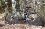 """מבחן אופניים ברגמונט קונטרייל LTD. 29 אינצ'רים עם מתלים של 120 מ""""מ מאפשרים לעשות המון דברים - מטיולי שבילים ארוכים ורגועים ועד גיחת סינגלים מוטרפת. צילום: תומר פדר"""