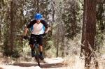 מבחן אופניים ברגמונט קונטרייל LTD. דיווש בעמידה או בישיבה יכול מאד - השכילו להשתמש בבוררי CTD והנעילה של המזלג כדי להפיק את המירב. צילום: תומר פדר