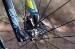 מבחן אופניים ברגמונט קונטרייל LTD. אהבנו מאד את הגלגלים של מאוויק. גם יפים, גם מצמצמים את הספגטי של גלגלי 29 אינצ' וגם תורמים המון לגלגול המהיר בשבילים. צילום: תומר פדר