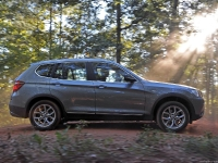 במוו x3 רכב הפנאי שטח הבינוני בסדרה השטח של היצרן צילום יצרן