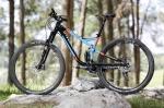 מבחן אופניים cannondale trigger 4. מוט המושב מוטה לאחור, תמוכות שרשרת קצרות וזווית היגוי שטוחה - גיאומטריה עכשווית לגמרי. הביצוע והאיכות הכוללת טובים מאד. צילום: תומר פדר