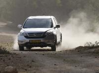 הונדה CRV במבחן שטח. לא אוהב נהיגה נמרצת בדרך עפר, מעדיף התנהלות נינוחה בשטח צילום פז בר