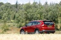 מבחן רכב הונדה CR-V. יותר שימושי, יותר חסכוני, יותר מרווח. מה מבדיל בינו למינוואן? צילום: פז בר