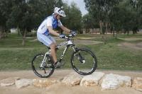 אופני הרים במבחן שטח. הקיוב 130 AMS מתמודדים יפה עם מהמורות חדות ומהירות או גלים ותנועות מתלה ארוכות. צילום: פז בר