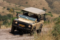 מבחן רכב לנד רובר דיפנדר 110. מתוחזק ללא דופי ועם טונות של אופי - לנד רובר דיפנדר במיטבו. צילום: רמי גלבוע