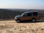 מבחן רכב לנד רובר דיסקברי 4 SDV. מרגיש בבית בעיר או מעל לשטח.  צילום: רוני נאק