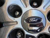 פורד אדג\' 2011 במבחן שטח. חישוקי גלגל ענקיים ומצופי כרום כפריטים תקיים צילום פז בר