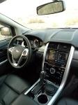 פורד אדג\' 2011 במבחן שטח. סביבתת הנהג ותא הנוסעים משופרים ללא היכר מול הדגם היוצא - זווית אחרת צילום פז בר