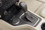 פורד אוורסט הוצג בשוק האסיאתי כשהוא מתבסס על טנדר 4X4 ריינג'ר (גרסה של פורד למאזדה BT-50) ועליה מוסיף המון איבזור, תוכנות שטח ושבעה מושבים. צילום: פורד