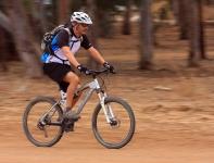 מבחן אופניים Ghost ASX4900. אופני כניסה עם שיכוך מלא. 120 מ