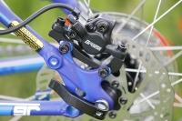 מבחן אופניים GT KARAKORAM. רוטור בלם בקוטר 160 מ