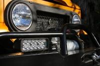 אייקון FJ דיזל. סדנת אייקון מחדשת את הטויוטה לנדקרוזר FJ הקלאסי ליצירת רכב אספנות. צילום: ICON