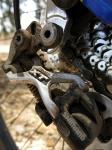 מבחן אופניים אידאל VSR קומפ. קיט האיבזור הבסיסי כולל מעביר אחורי שימאנו XT. צילום: פז בר