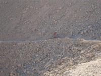 שביל ישראל על אופניים. כל סינגל במורד הוא הזדמנות לטיפוס שטח מאתגר מעברו האחר צילום באדיבות הלל זוסמן