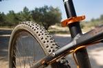 מבחן אופניים ק.ט.מ אולטרה 1964 לימטד אדישן. חלקים באנודייז כתוב ובטוב טעם. צילום: תומר פדר