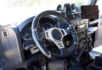 """מבחן רכב לנד רובר דיפנדר פומה משופר. צ\'יפ מנוע מעלה את התפוקה לכ-180 כ\""""ס, יש מתלים של FOX, נעילות KAM, מוטורת רדיוס מחוזקים וכל מה שלא יעצור משפחה בשטח. האם הדיפנדר האולטימטיבי? צילום: רמי גלבוע"""