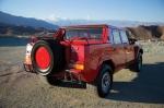 """למבורגיני LM002 במכירה פומבית. 444 כ""""ס ממנוע V12, רק 301 יוצרו והאקזמפלאר הנ""""ל משנת 1989. יד שני עם 30 אלף קילומטרים. המחיר עשוי להגיע ל-225 אלפי דולרים. צילום: RMAUCTIONS"""