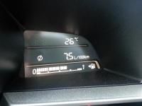 בייקמוביל מאזדה 3 החדשה. צריכת הדלק נקיה 13.33 קמ/ל. עם אופניים השינוי יהיה דרמטי. צילום: רוני נאק