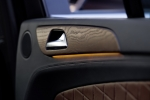 GL-Klasseמבחן רכב מרצדס GL350AMG. פרימיום אמיתי עם יכולת שטח של ממש, נימוסי כביש ראויים, טווח נסיעה של 1,000 קילומטרים ותג מחיר בהתאם. צילומים: DAIMLER, רוני נאק