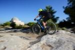 מבחן אופניים מרידה one twenty 9.8000. שלדת קרבון אביזרי קצה ומחיר תחרותי ביחס למותגי אחרים. צילום: תומר פדר