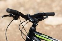 מבחן אופניים מרידה ביג 7 2014. שיפטרים פריכים מסדרת ACERA עם חיווי להילוך הנבחר. מעצורים מעולים של טקטרו. צילום: פז בר