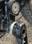מבחן אופניים מרידה 140 XT. צומת זרועות ההנע בשלדה מגלה את איכות הייצור הטובה ואת איכות הגימור. צילום: פז בר