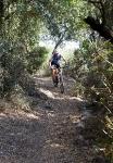 מבחן אופניים מרידה 140 XT. בסינגל, תמצאו שהמרידה 140 מתמרנים בזריזות, וסופגים את כל מה שלא תצליחו לחמוק ממנו. צילום: פז בר