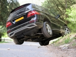 מבחן רכב מרצדס M קלאס. מתיחת פנים כמעט שלא נראית, אבל מאד מורגשת בנסיעה. צילום: רוני נאק