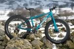 fat-150216-015מבחן אופניים MONGOOSE ARGUS. בין השלג, לדיונות לטיילת תל אביב. מבחן מרתק לאופני הרים מאד שונים ומעניינים. צילום: תומר פדר