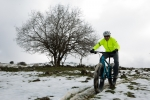 fat-150216-025מבחן אופניים MONGOOSE ARGUS. בין השלג, לדיונות לטיילת תל אביב. מבחן מרתק לאופני הרים מאד שונים ומעניינים. צילום: תומר פדר