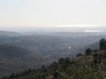 טיול שטח עם מיצובישי אאוטלנדר לבקעת בית נטופה וגוש שגב. הכפר כבול ואחריו הים התיכון. צילום: רוני נאק