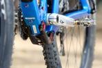 מבחן אופניים Niner RIP9RDO.נדנדת המתלה התחתונה עוברת מתחת לציר הננעה. חיובי לחיסול בובינג אבל גורע ממרווח הגחון. צילום: תומר פדר