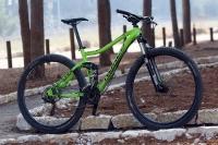מבחן אופניים נורקו ריבולבר 2. ירוק ומקסים - לנורקו ריבולבר מראה נכון והם עושים חשק לצאת לרכוב בכל הזדמנות. צילום: פז בר