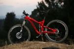 מבחן אופניים Norco Sight Alloy. אדומים, קשוחים ועם הרבה יכולת - יתגמלו רוכב אגרסיבי שגם אוהב מדי פעם לצאת לטיול שבילי ארוך. המחיר 13K שקלים. צילום: תומר פדר