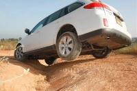 סובארו אאוטבק 2011. סובארו אאוטבק במבחן שטח - רכב הפנאי של סובארו בשטח. צילום: פז בר
