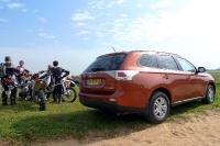 מבחן רכב מיצובישי אאוטלנדר 2013. שבעה מושבים, הנעה קדמית וחלומות על שטח שהיה פעם. צילום: פז בר