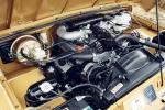 ריינג' רובר קלאסי נולד מחדש במפעל לנד רובר. 10 יחידות בלבד שוחזרו למצב חדש ויצאו למכירה. העלות: 135 אלף פאונד - בלבד. צילום: לנד רובר