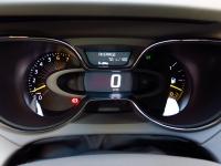 מבחן רכב רנו קפצור. לוח מחוונים כמו ברנו קליאו החדשה - מחשב הדרך מגלה הכל. צילום: רמי גלבוע