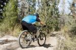 rockymountainaltitude750_(21)מבחן אופניים rocky mountain altitude 750. שילוב מעולה של מתלים, גיאומטריה ומעצורים חזקים הופכים מורדות תלולים וגינות סלעים למכשולים משעשים. טיפול נהדר בסוגי שטח רבים. צילום: תומר פדר