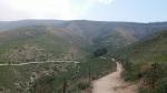 טיול שטח עם יונדאי IX35. לרדת מרמת הגולן בדרך היפה. מכפר תאופיק, דרך עיינות, חורבות ומול נוף כנרת נפלא. צילום: רוני נאק