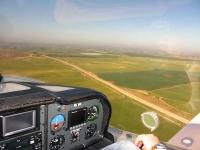 טיסת חוויה ב-TL סטינג S4. שדות צפון הנגב - שבינתיים הצהיבו. צילום: רוני נאק