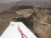 טיסת חוויה ב-TL סטינג S4.מעל למצדה. צילום: רוני נאק