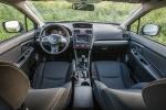דאצ'יה דאסטר נגד סובארו XV. תא הנהג של סובארו XV מודרני ואיכותי יותר, יש 7 כריות אוויר ואם לא נהגתם בגרסת 2.0ל' - לא תדעו שחסר לכם משהן. צילום: נועם עופרן