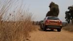 מבחן רכב סוזוקי ויטארה. קונספט עליז במראה ובביצוע. גרסת ALLGRIP מאפשרת זלילת שבילי חולות בלי נקיפות מצפון. משקל עצמי זעום, צמיגים רחבים והורדת כוח מעולה. צילום: רוני נאק