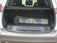 מבחן רכב טויוטה RAV 4. רצפת תא המטען מוגבהת כדי לאכלס גלגל רזרבי. נפח התא קטן יותר מזה של RAV 4 היוצא. צילום: רוני נאק