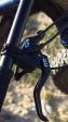 מבחן אופניים ברגמונט טריילסטר 7.0 פלוס. צמיגי 27.5 פלוס ברוחב 3.0 אינטש, קיט אביזרים חכם ועמיד, ושלדה עם דינאמיקה מעניינת. 15,300 שקלים לפני מבצעים או הנחות. בתמונה מעצורי MAGURA מצויינים ושיפטר SRAM. צילום: רוני נאק
